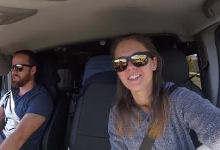 Vloggeri în mașină