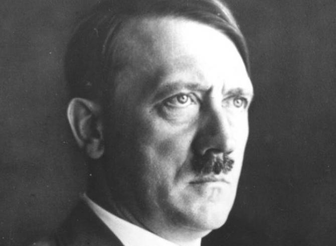 Puterea discursului lui Hitler și limbajul corpului, analizate de experți