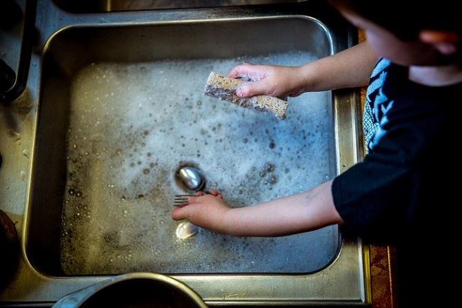 Produsele de curățare parfumate și pulverizante au fost asociate cu cel mai mare risc de probleme respiratorii. FOTO Pixabay