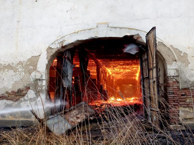 Incendiu violent. Foto: ISU Cluj