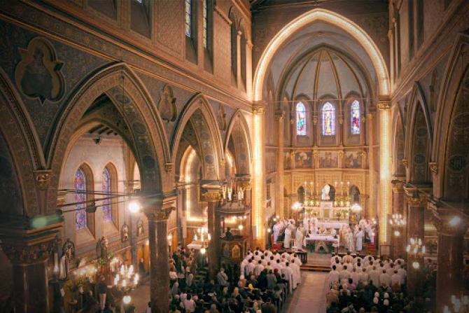 Arhiepiscopia Romano-Catolica oferă semnal gratuit în vederea realizarii transmisiunilor