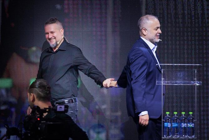 Mihail Lala (stânga) foto Facebook