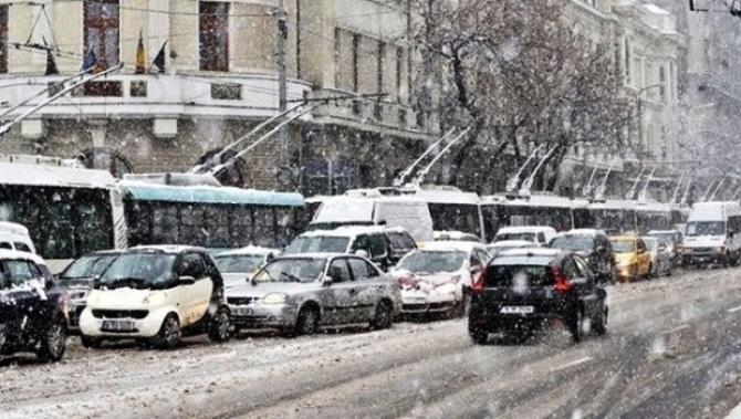 Strat de zăpadă în București