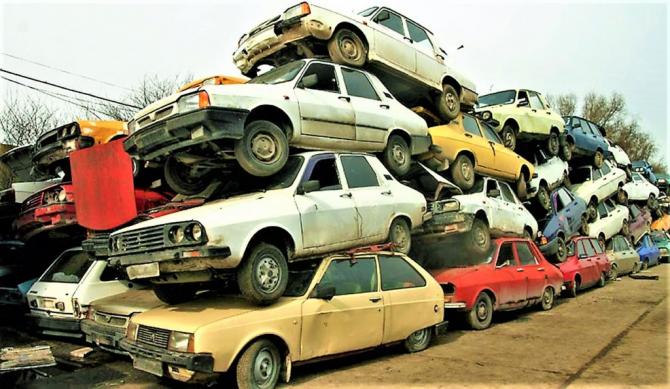 Costel Alexe: Cei care își cumpără o  mașină nu o poate înstrăina cel puțin un an
