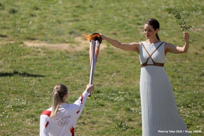 TorțaOlimpică a plecat din Grecia. foto: Tokyo 2020 official @tokyo2020 - FB