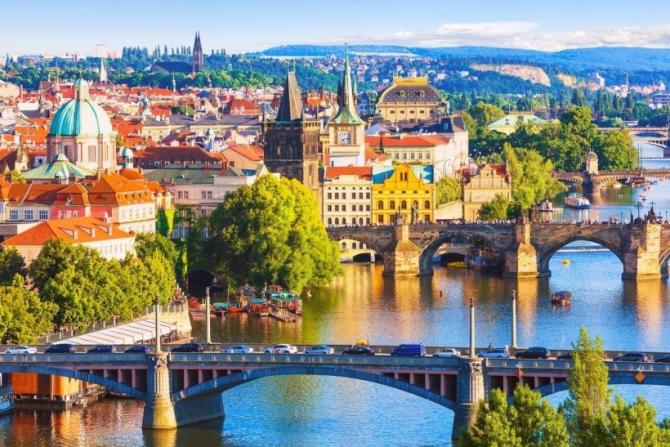 Preşedintele ceh şi-a îndemnat  concetăţenii să se bucure de frumuseţea propriei ţări în această vară