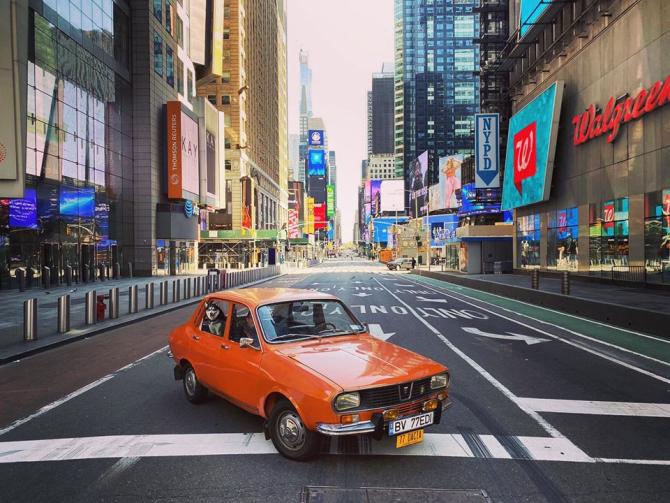 Sursa: Dacia 1300 în New York - Facebook