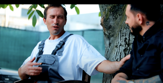"""Vulpița, Viorel și Rafaelo au lansat """"Om bogat sau om sărac"""" VIDEO. Ascultă aici"""