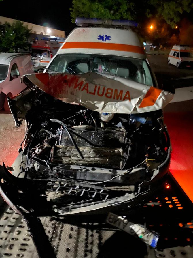 Accident ambulanță. Foto ilustrativ