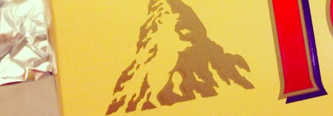 4. -imagine fara descriere- (logo_toblerone_45855700.jpg)