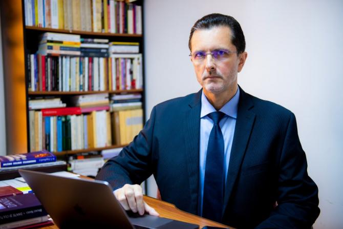 Vasile Bănescu, purtătorul de cuvând al Patriarhiei Române