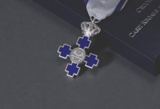 Crucea Casei Regale a României, acordată de MS Margareta ambasadoarei Franței, Michele Ramis