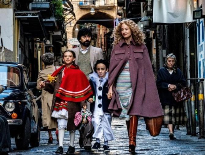Alba Rohrwacher în filmul de deschidere Lacci, de Daniele Luchetti