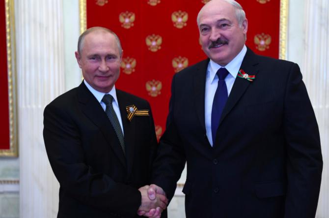 Vladimir Putin și Aleksandr Lukaşenko