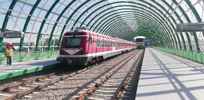 Garnitură de tren în probe pe noua magistrală Gara de Nord-Aeroportul Henri Coandă  Foto: clubferoviar.ro