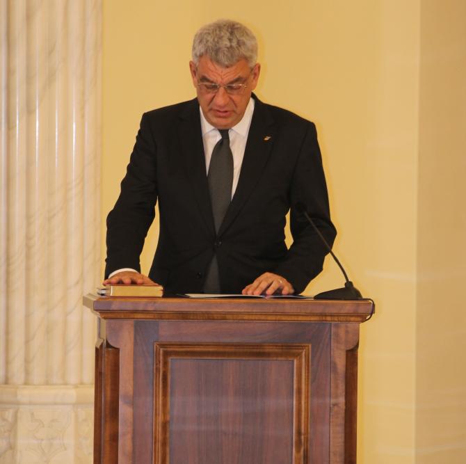 Mihai Tudose: Suntem pregătiţi să guvernăm după 7 decembrie  Foto: Crișan Andreescu