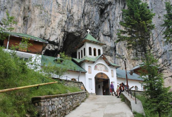 Peștera Ialomiței  Foto: Crișan Andreescu