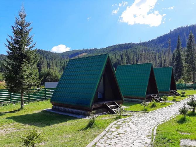 Campingul Zănoaga