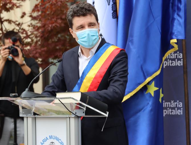 Nicușor Dan nu mai vrea poliție la ușa sa din Primăria Generală  Foto: Crișan Andreescu