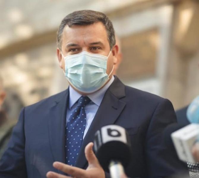 Eugen Tomac: Într-o țară civilizată, politicienii nu se agață de funcții