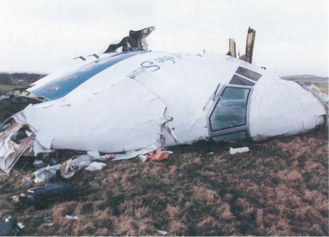 Rămășițele avionului companiei Pan Am în urma atentatului din 21 decembrie 1988
