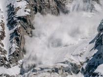 Risc de avalanșă în Munții Făgăraș și Bucegi. Foto cu caracter ilustrativ. Sursa: Pixabay.com.