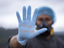 Eliminarea carantinei pentru vaccinaţi anti COVID-19, discriminare? Csaba Asztalos, CNCD, lămureşte situaţia. Sursa: Pixabay