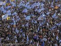 După studenți, jurnaliștii protestează împotriva planului de securitate al guvernului grec. Acuze de limitare a libertăţii de deplasare la manifestații