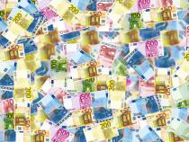 Hoţ român, furt de mii de euro din Germania. Totul cu un aspirator. Sursa: Pixabay