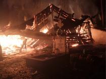 Incendiu violent la o biserică din Suceava. Foto: ISU Suceava