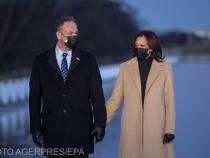 Vicepreședintele ales, Kamala Harris, alături de soțul său, Doug Emhoff