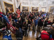 Protestatarii pro-Trump iau cu asalt Capitoliul SUA