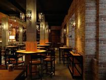 S-au redeschis restaurantele și cafenelele din Alba Iulia. Foto: Pixabay.com.