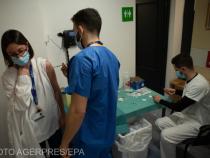 Valeriu Gheorghiță a anunțat câți angajați din sistemul medical s-au vaccinat.