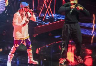 Lil Wayne îi mulțumește lui Trump pentru grațiere, dar urmăritorii cred că l-a jucat pe degete pe președinte