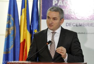 Nicu Marcu, președintele ASF: Guvernul pregăteşte o ordonanţă pentru ca şoferii să-şi deconteze daunele de la firma de asigurări unde au încheiat propriul RCA / Foto Agerpres
