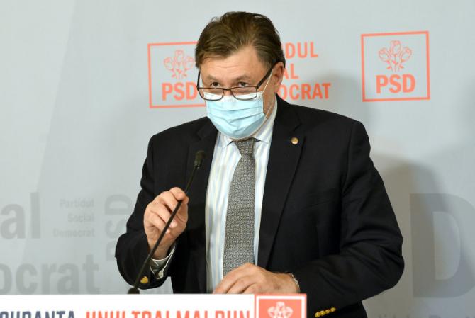 Alexandru Rafila spune că vom purta cu siguranță mască tot anul 2021