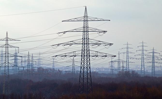 Alimentarea cu energie electrică va fi întreruptă temporar, luni, în zone din Bucureşti şi din judeţele Ilfov şi Giurgiu