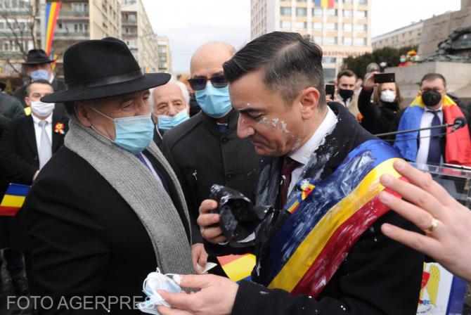 Analistul politic Bogdan Chirieac a arătat dubla măsură după ce un protestatar a aruncat cu iaurt în primarul Iașiului, Mihai Chirica