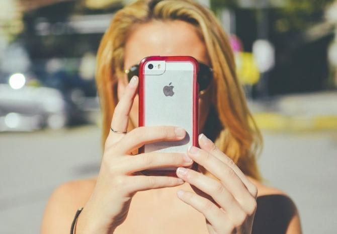 Apple depășește borna de 100 milioane dolari într-un trimestru