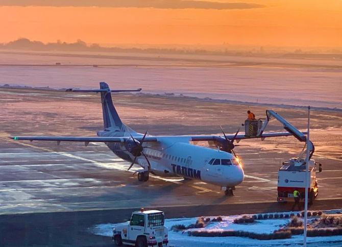 Avion Tarom. Sursa Facebook / Tarom. Foto credit: Valentin Iordache