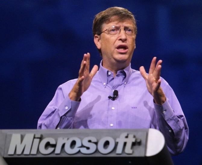 Bill Gates s-a vaccinat Covid-19