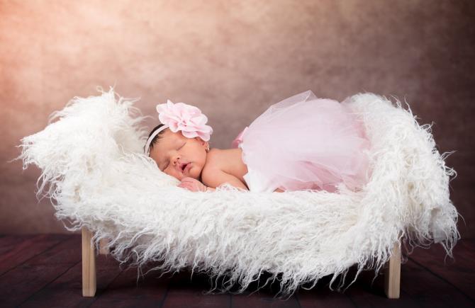 O bloggeriță din Rusia s-a căsătorit cu fiul ei vitreg și a născut o fetiță. Astfel, fostul soț a devenit bunic. Sursă foto: Pixbay