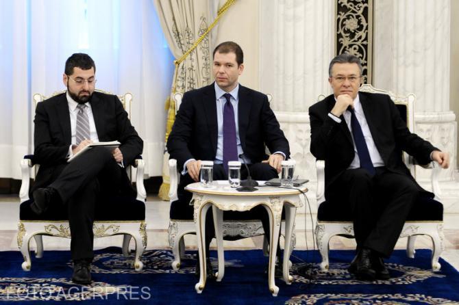 Bogdan Oprea (stânga) a fost și consilier prezidențial