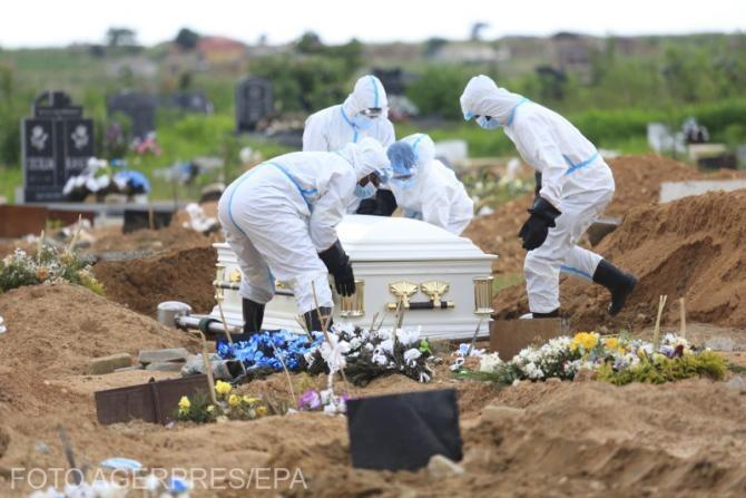 Cel mai mare cimitir din SUA congelează cadavrele. Înmormântările, întârziate cu până la o lună. Foto cu caracter ilustrativ.
