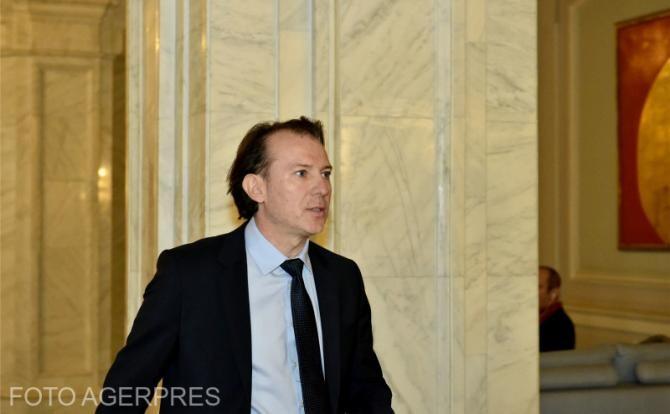 Florin Cîțu va face declarații de presă