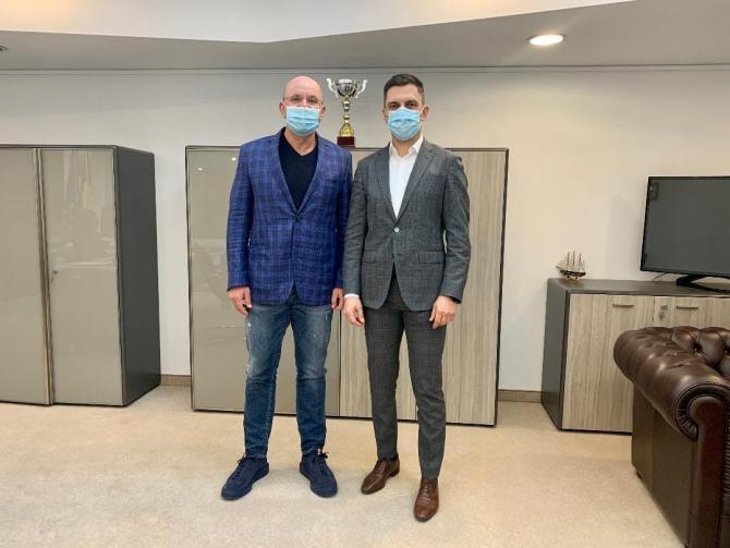 Cozmin Gușă s-a întâlnit cu ministrul Eduard Novak / Foto Facebook