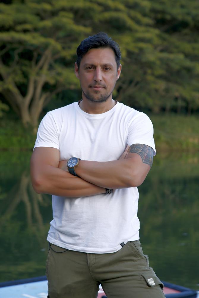 Daniel Pavel de la Survivor