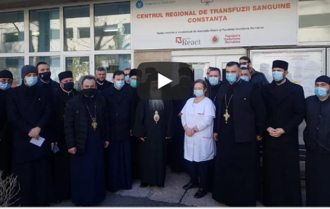 Gest de urmat. 50 de preoți din Arhiepiscopia Tomisului au donat sânge. ÎPS Teodosie: Este un lucru minunat să dăruim din viața noastră celorlalți!  Captură Foto Radio Dobrogea