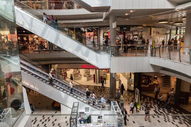 Două societăți comerciale din București, amendate pentru nerespectarea restricțiilor în pandemie. Foto cu caracter ilustrativ. Sursa: Pixabay.com.